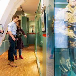 Bezoekers_Zeesoldaten_Mariniersmuseum